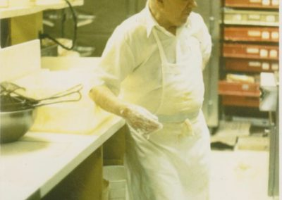 Chris Kamakas founder of the Dinnerhorn and Bratskellar